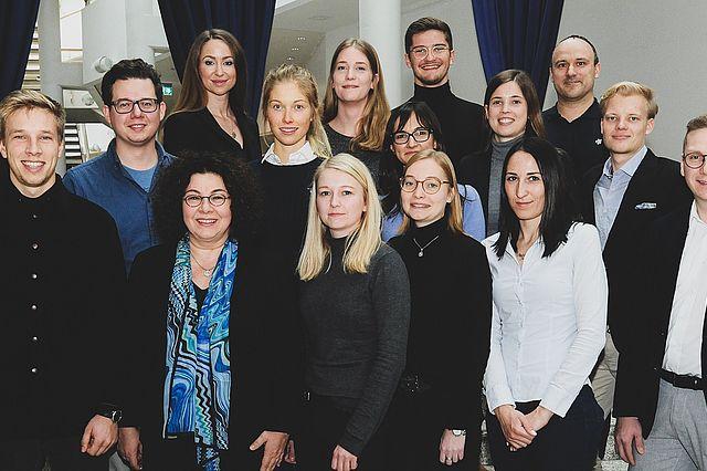 Professorin Dr. Sabine Bohnet-Joschko und ihr Team