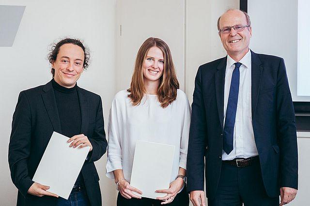 Auszeichnung mit dem Serafin-Forschungspreis durch Prof. Dr. Marcel Tyrell