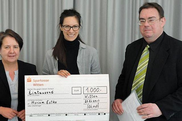 v.l.n.r.: Prof. Dr. Anja Ehrhardt, Myriam Estko, Prof. Dr. Frank Krummenauer