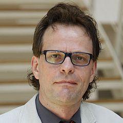 Univ.-Prof. Dr. Martin W. Schnell