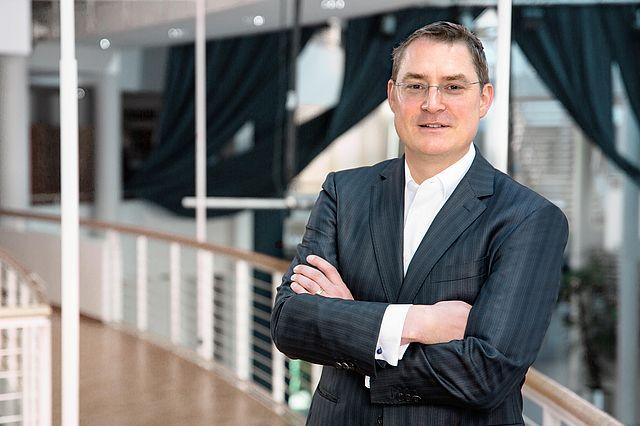 Prof. Dr. Tom Rüsen