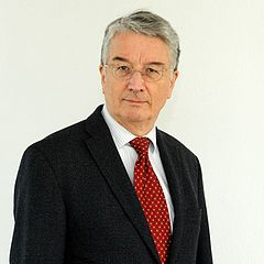 Univ.-Prof. Dr. Peter Heusser