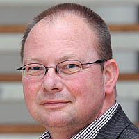 Univ.-Prof. Dr. Claus Volkenandt