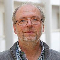 Univ.-Prof. Dr. Arndt Büssing