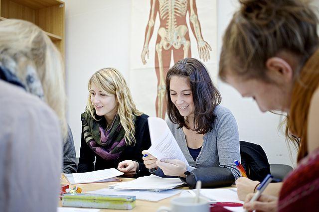 Studentengruppe Psychologie an der Uni Witten