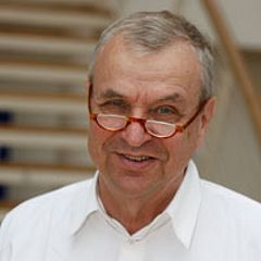 Prof. Güther Ortmann lehrt im Management-Master Strategy & Organization M.Sc.