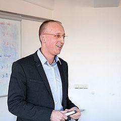 Prof. Dr. Jens Harbecke, Programme Coordinator