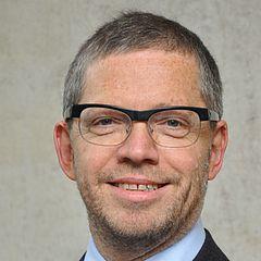 Prof. Dr. Anton Friedmann, Leiter der Abteilung für Parodontologie