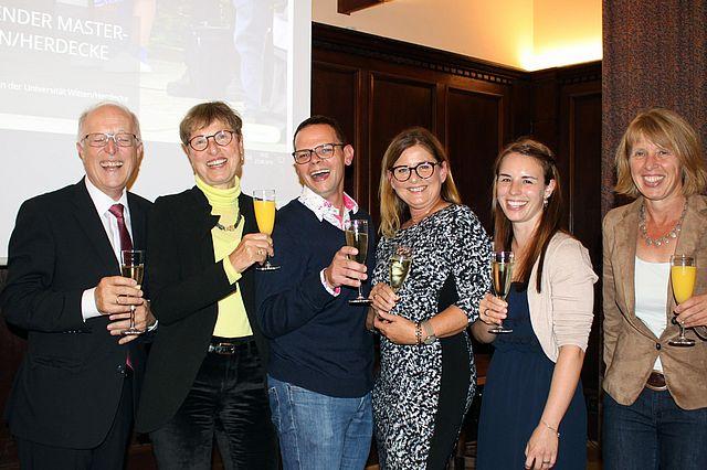 v.l.: Thomas Halder, Prof. Dr. Ulrike Höhmann, Jan Otto, Ulrike Jochum, Karin Nothacker, Beate Radzey