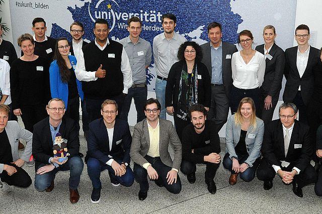 Teilnehmer, Jury und Organisatoren aus dem vergangenen Jahr