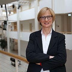Helga Penders