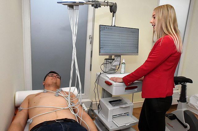 EKG-Behandlung