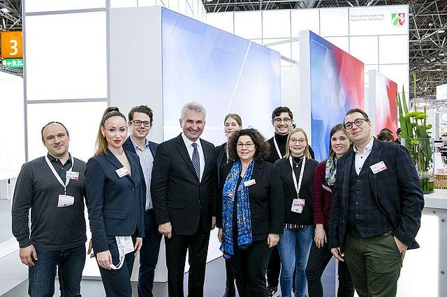 Das ATLAS Projektteam mit Minister Andreas Pinkwart