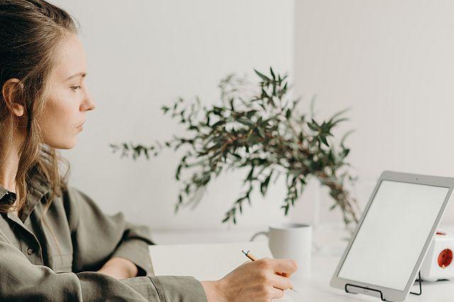 Studieninteressierte können eine Woche lang online das Studieren probieren
