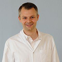 Dr. med. dent. Dennis William Hickey