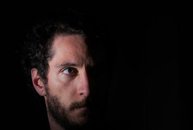 João Romeiro Hermeto, Doktorand der Philosophie, berichtet über seine Entscheidung für Witten, seinen außergewöhnlichen Lebenslauf und das Gefühl, angekommen zu sein.