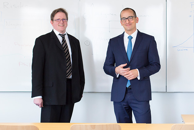 Dr. Henrik Pontzen and Dr. Marcus Wrede, Faculty of Management and Economics contract lecturers